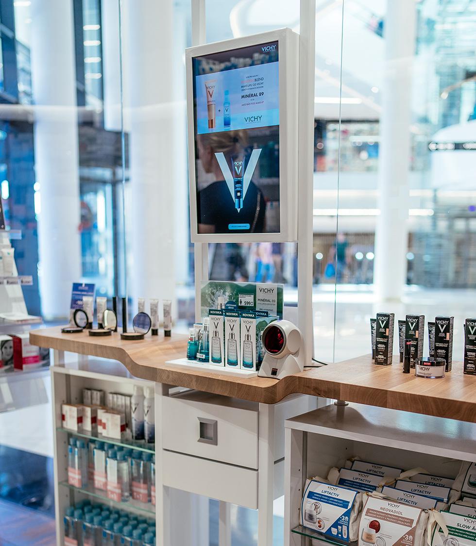 L'Oréal DCA_Vichy_Fajn lékárna Chodov_Interaktivní skincare bar-th2